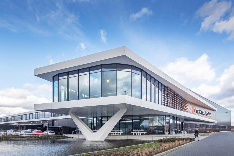 Bedrijfspand Textaafoam Tilburg, Textaafoam Tilburg, installaties bedrijfspand, luchtkanalen bedrijfspand | Ventilatie Techniek Brabant
